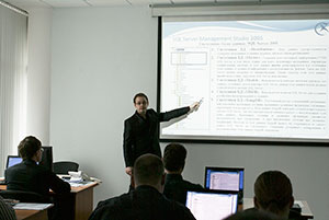 Courses for OIC CK-2007 service engineers